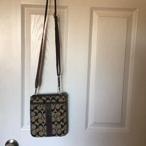 Crossbody Coach small purse